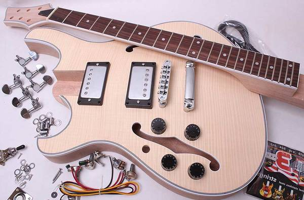 guitare electrique squier