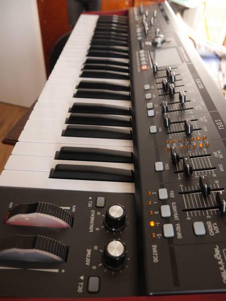 Behringer table de mixage