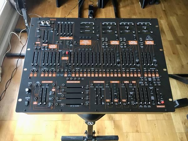 Table de mixage behringer - Garantie authentique
