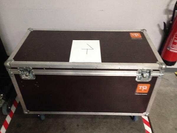 flight case power acoustics