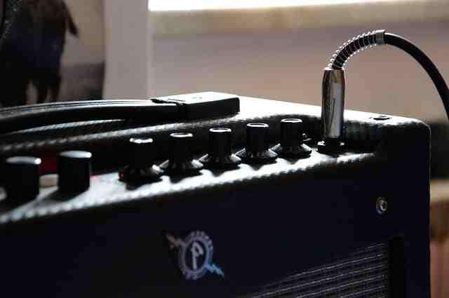 Comment choisir un ampli clavier ?